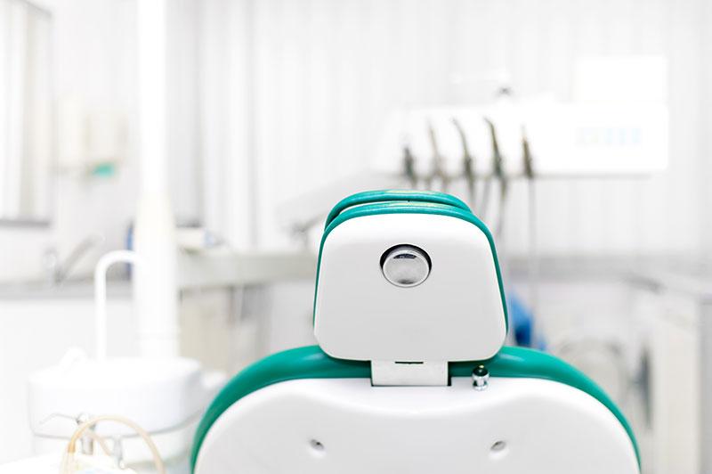 ¿Cómo elegir tu dentista y clínica dental de confianza?