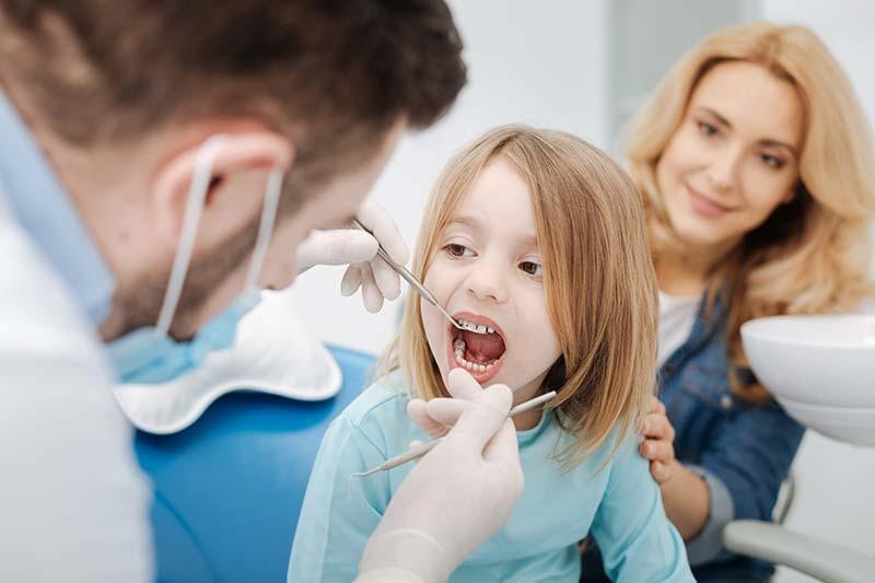 Primer molar permanente, las muelas de los 6 años