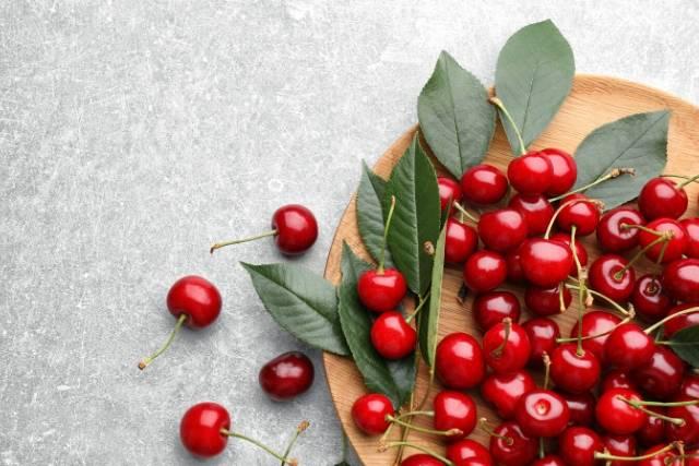 5 alimentos de primavera para la salud bucal